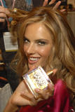 th_97063_fashiongallery_VSShow08_Backstage_AlessandraAmbrosio-27_122_1181lo.jpg