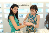 Энджи Хэрмон, фото 1874. Angie Harmon Hosts PANDORA Mother's Day Event at Santa Monica Place on May 7, 2011, foto 1874