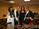 Kim Kardashian (Ким Кардашьян) - Страница 4 Th_70207_gallery_enlarged-Kim-Kardashian-Charity-Boxing-Event-7_122_142lo