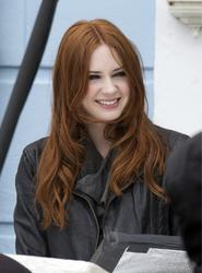 Карен Гиллан, фото 133. Karen Gillan - On The Set Of Doctor Who In Cardiff - 4/5/12, foto 133