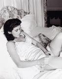 Catherine Zeta Jones EDIT: Added 1 Image 04/27/05 Foto 80 (Кэтрин Зэта Джонс EDIT: добавлено 1 изображение 04/27/05 Фото 80)