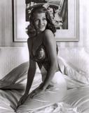 Rita Hayworth 'Men go to bed with Gilda, but wake up with me.' Foto 5 (Рита Хэйворт 'Мужчины ложатся спать с Джильда, но просыпаться со мной'. Фото 5)