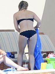 Hilary Duff bikini candids  14/3/2015